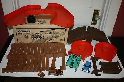 Vintage Schaper Stomper 4x4s Wild Mountain Set 7881 In Box Battery Operated 1970-1989