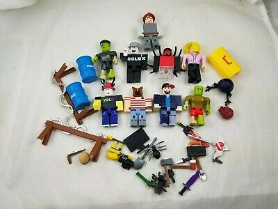 (#G) LOT ROBLOX Action Figures Weapons Accessories, Pre owned