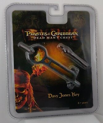 Pirates of The Caribbean Dead Man's Chest Master Replicas Davy Jones Key Prop