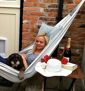 Strong British Commissioned Hammock - with FREE Hooks + FREE Postage & Packing.