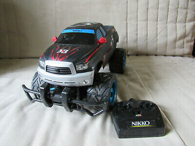 Nikko 4x4 pick up Mystery black series 5 - 27 Mhz - avec chargeur