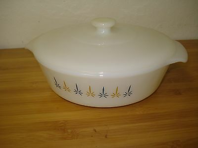 ANCHOR HOCKING Fire King 1 1/2 Quart Casserole #437 Candle Glow white lid C4