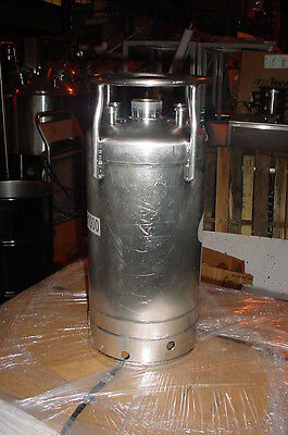 3.5 Gallon 316 Alloy Products Stainless Steel Pressure Tank 120 psi with cap