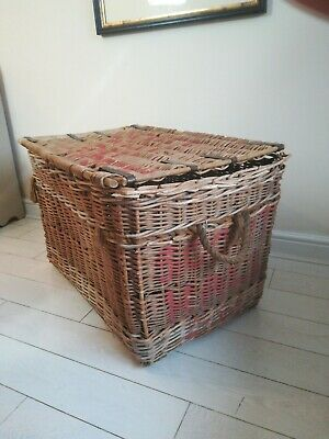 Large Antique Woven Willow Laundry Logs Storage Picnic Basket Trunk Scott Hall