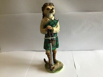 Superb Country Artists Magnificent Meerkats William Wallace Figure