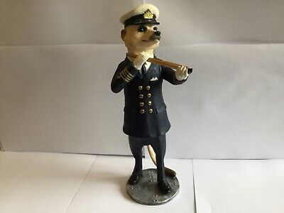 Country Artists Magnificent Meerkats Horatio Nelson Figure