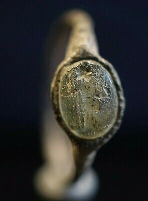 Ancient Roman Bronze Finger Ring. Intaglio seal with Goddess, circa 250-350 Ad.