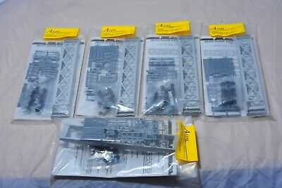 "HO A-Line Gunderson ""Husky Stack"" 48' Well car FIVE KITS NOS!!!  NO RESERVE"