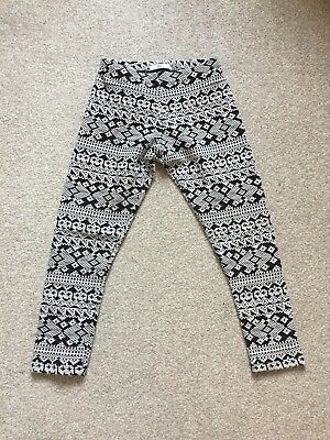 Marks And Spencer Girls Black And White Patterned Leggings Age 7-8 Years
