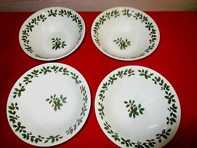 """4 Royal Norfolk Holiday Christmas Holly Leaf & Red Berries Soup Bowls. 6 3/4""""."""