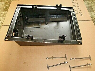 Land Rover - Military Lightwieght - Battery Box 24 Volt