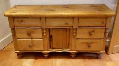 Lovely Antique Victorian Pine Dresser, Yorkshire Dresser, 7 drawers and cupboard