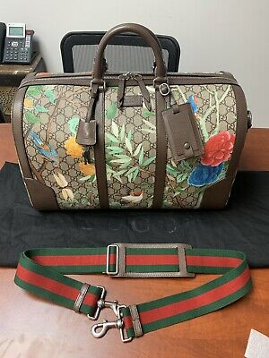 54d4d4bf35db18 New Gucci Tian GG Supreme Medium Duffle With Gucci Dust Bag Birds Floral  Unisex