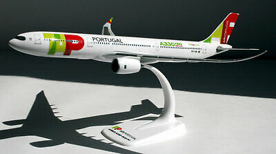 TAP Portugal - Airbus A330-900neo - 1:200 - Herpa Snap-Fit 612227 Model A330 neo