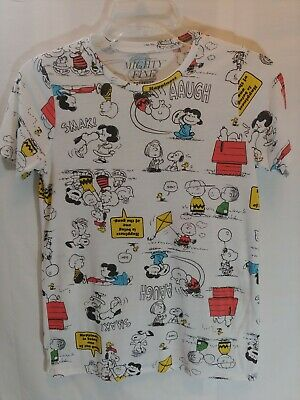 a58c42a56a734f Peanuts Snoopy Junior Women s T Shirt size S Graphic Tee Short Sleeve