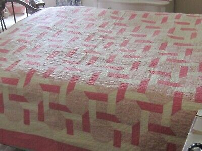 """Very Charming Vintage Pink and White Chain Quilt 88X68"""""""