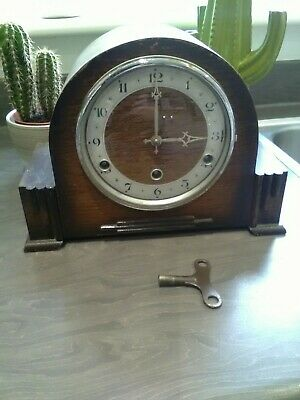 Anvil OAK  CASED MANTEL CLOCK for spares or repair