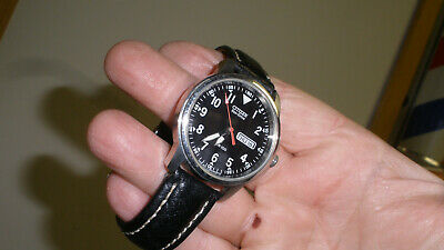citizen eco-drive mens watch military or pilot type day date nice working fine.