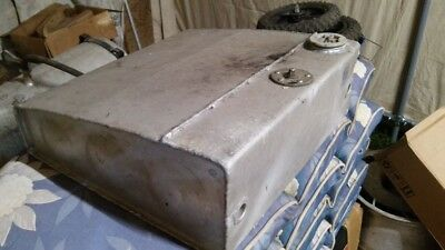 CESSNA 120 140 LH Fuel Tank P/N 0422122-4 with fuel gauge  - $100 00