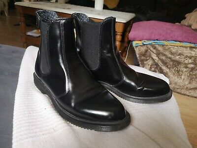 8b4bf47f78ec1f Dr Martens Flora Polished Smooth Black Leather Chelsea Boots Size 7