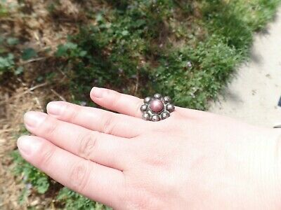 Antique Ring with natural star sapphire ruby size 5.5