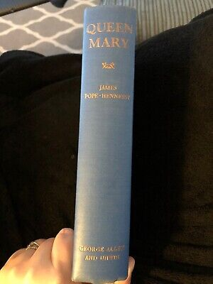 Queen Mary: 1867-1953 (James Pope-Hennessy - 1959) Hardback Book. Vintage