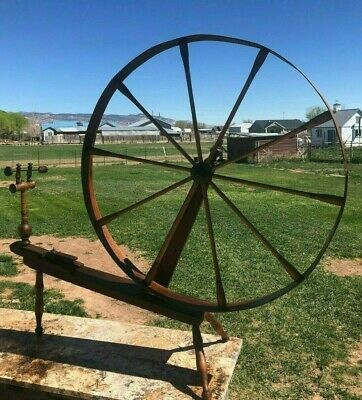 Extremely Old Large ANTIQUE SPINNING WHEEL Made in 1815