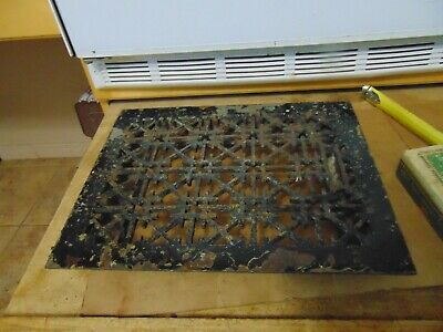 vintage /  antique  cast iron floor grate #   7165