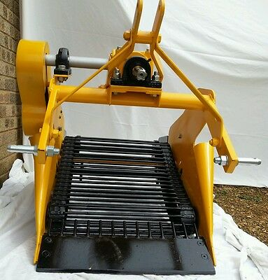 Single Row Potato Harvester/Lifter/Digger for smallTractor 5-30 hp New UK made
