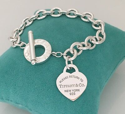 cc3137915 Small Please Return to Tiffany & Co Sterling Silver Heart Tag Toggle  Bracelet