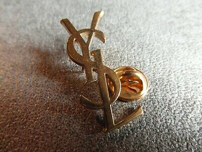RARE PINS PIN'S - YSL - YVES SAINT LAURENT - MODE - LUXE - PARFUMS - 32mm