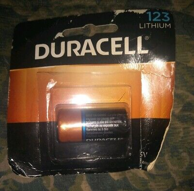 1 Duracell 123 Ultra Photo Battery Lithium CR123 3v exp.2027 *NEW DAMAGED STOCK*