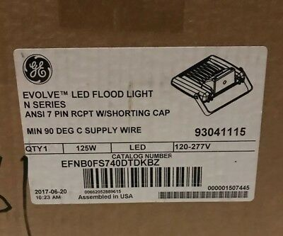 GE Gray Evolve 98W LED Series High Output Streetlight w//ANSI 7 Pin PE Receptacle