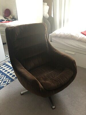 Vintage 1960s 'Egg' Chair