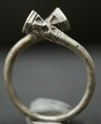 Ancient Viking Silver Knot Ring, circa 950-1000 AD. Rare Openwork Norse Artefact