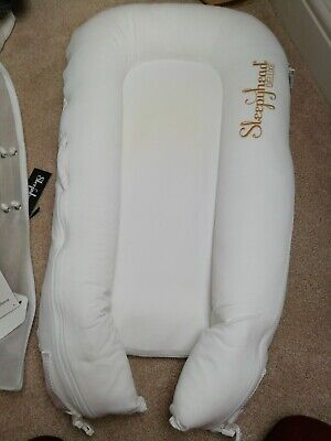 Sleephead Delux Deluxe Baby Bed used in excellent condition