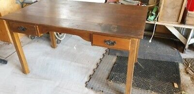 Hardwood desk antique style age not known