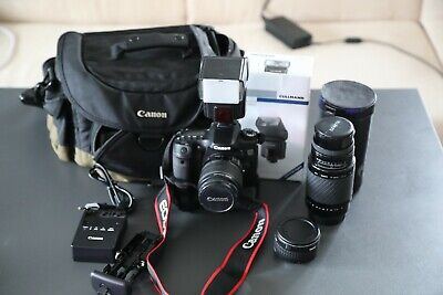 Canon EOS 70D 20.2 MP  Schwarz Kit m/ EF-S 18-55mm IS  plus Extras