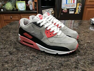 Air Max 90 Infrared 2010 sz 10.5 used