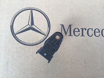Genuine Mercedes-Benz OM642 Engine Camshaft Position Sensor A0051531328