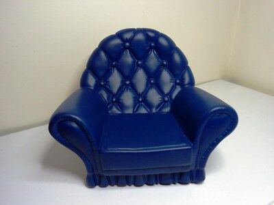 SINDY VINTAGE Teen fashion Doll House LOUNGE furniture Chesterfield ARMCHAIR 1:6
