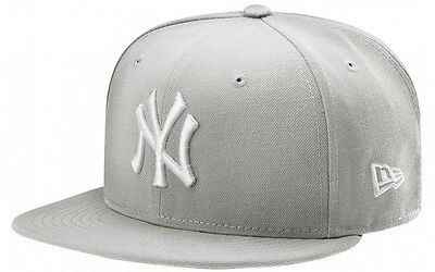 NY Yankees Essential 59FIFTY - Grey New York Yankees Cap - New w/Tags Top Brand