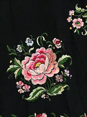 Vintage Chinese Black Silk Double Sided Hand-Embroidered Floral Piano Shawl