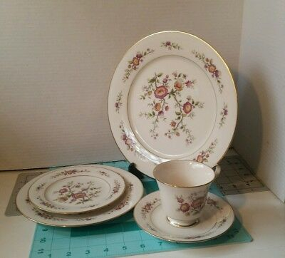 "30.7) Noritake #7151 ""Asian Song"" set of 5 Ivory  China with Gold Trim Japan"