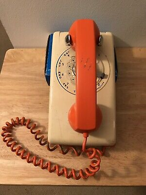 Vintage Wall Rotary Phone