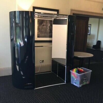 Complete Photobooth with camera, printer and props