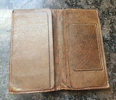 c2befab62ac Vintage Authentic Gucci Brown Leather Checkbook Holder Bi-fold Wallet Italy