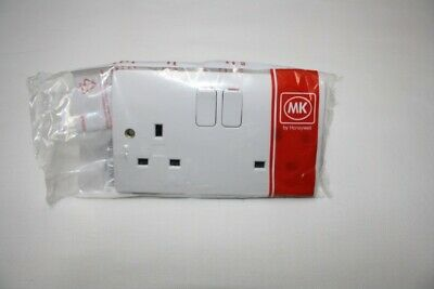 Mk K2747 Whi 13A 2G Dp Switch Socket