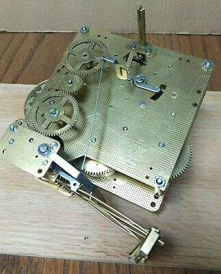 Howard Miller HERMLE 1050-020, 45cm Triple Chime Clock Movement - STEAMPUNK