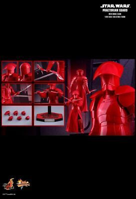 Hot Toys MMS454 - Star Wars : The Last Jedi - Praetorian Guard With Double Blade